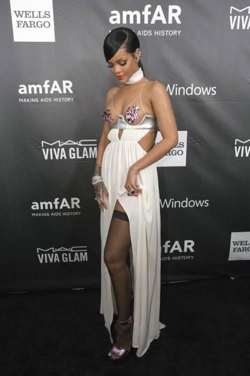 Rihanna, le foto sexy 15