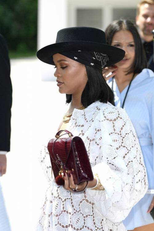 Rihanna, le foto sexy 23