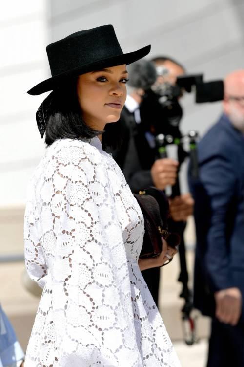Rihanna, le foto sexy 17