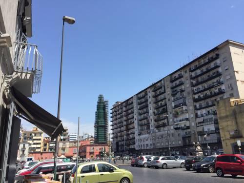 Napoli, il porto e il quartiere Mercato 8