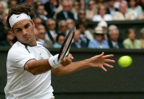 Federer cerca l'ottavo sigillo nel giardino di Wimbledon