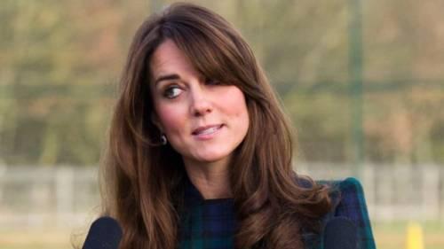 Kate Middleton ed Elisabetta II, stili a confronto 5