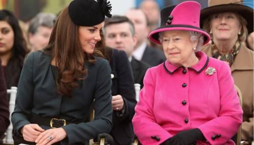 Kate Middleton ed Elisabetta II, stili a confronto 2