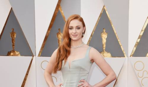 Sophie Turner, le foto sexy 12