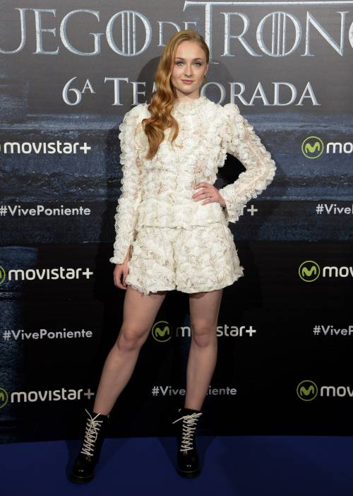 Sophie Turner, le foto sexy 17