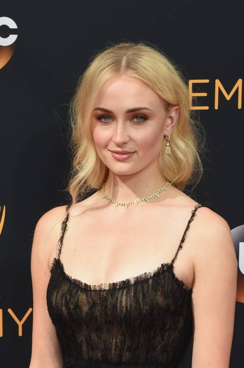 Sophie Turner, le foto sexy 28