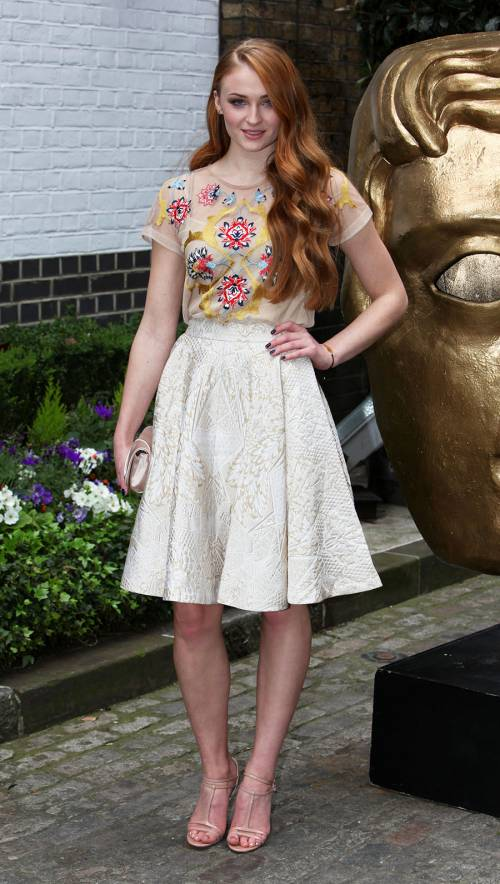 Sophie Turner, le foto sexy 21