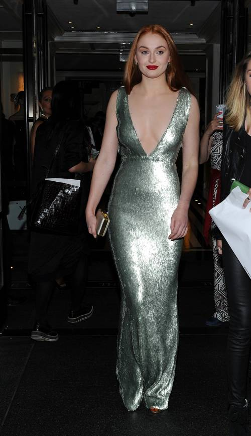 Sophie Turner, le foto sexy 34