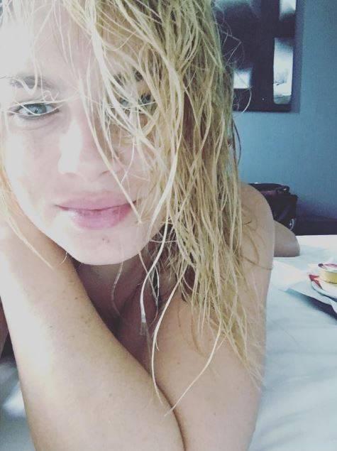 Emma Marrone, gli scatti sexy: foto 15