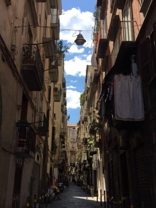 Napoli, il Pallonetto di Santa Lucia 8