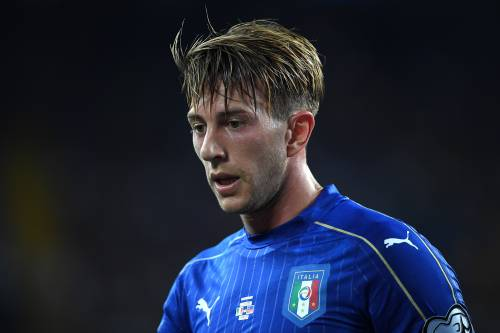 """I tifosi della Fiorentina attaccano Bernardeschi: """"Incarni lo stile Juve, coniglio"""""""