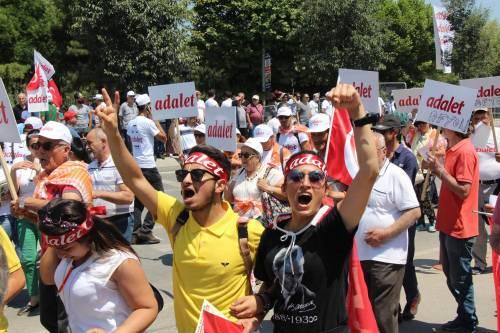 Istanbul, la marcia per la giustizia in Turchia 15