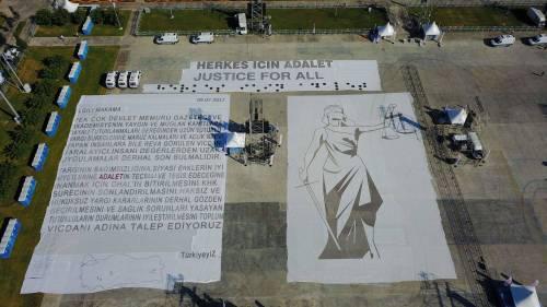 Istanbul, la marcia per la giustizia in Turchia 13