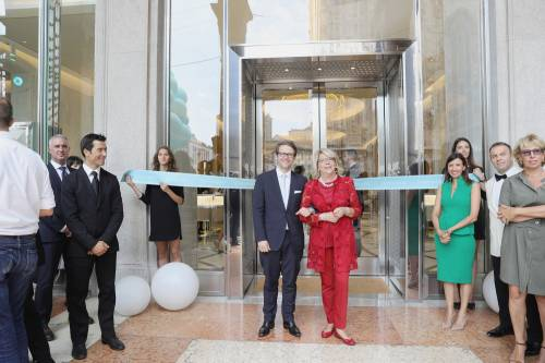 Tiffany, inaugurato a Milano il megastore più grande d'Europa 9