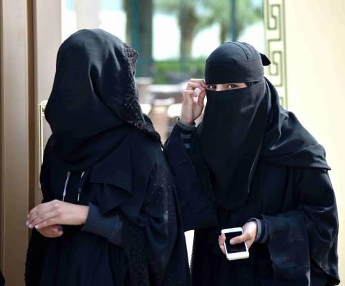 In Austria scatta il divieto totale di indossare burqa e niqab