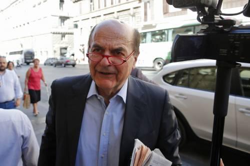 """Bersani lascia il campo: """"A sinistra servono passi indietro. Inizio io"""""""