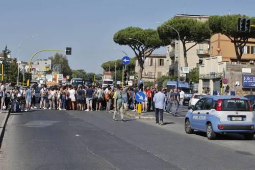 Protesta dei candidati a Roma 2