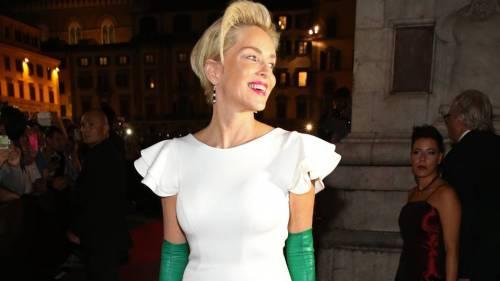 Madonna e Sharon Stone: sexy dive a confronto 28