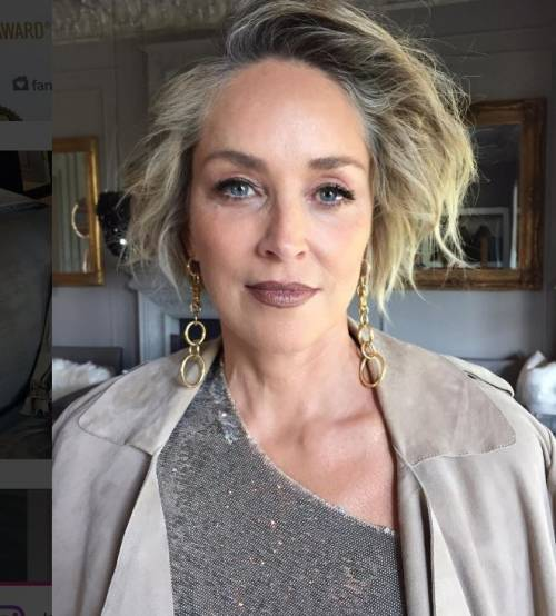 Madonna e Sharon Stone: sexy dive a confronto 33