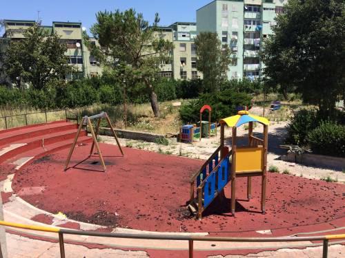 Quei bambini dimenticati dallo Stato: l'infanzia al Parco Verde di Caivano   11