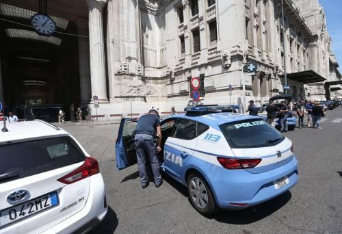 Milano, agente Polfer aggredito da migrante 4
