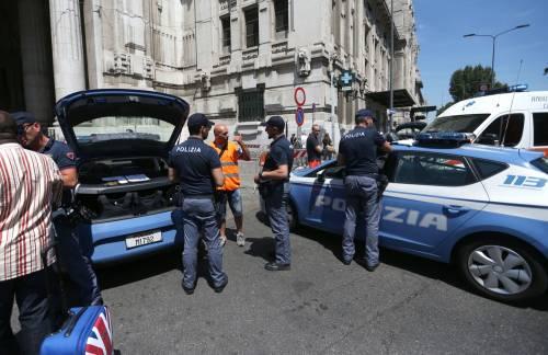 Milano, agente Polfer aggredito da migrante 13