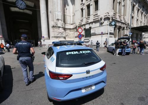 Milano, agente Polfer aggredito da migrante 12