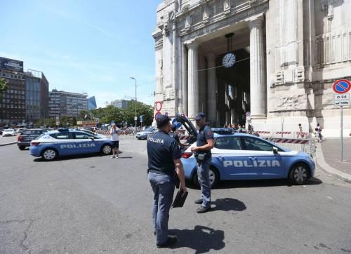 Milano, agente Polfer aggredito da migrante 15