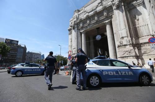 Milano, agente Polfer aggredito da migrante 17