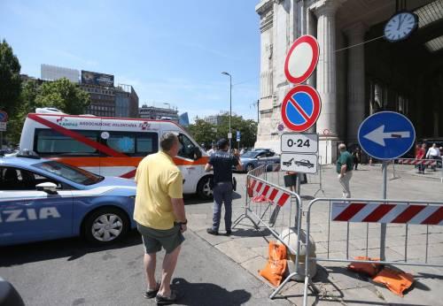 Milano, agente Polfer aggredito da migrante 20