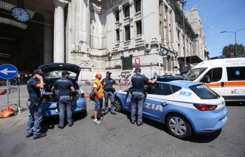 Milano, agente Polfer aggredito da migrante 19
