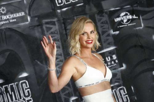 Charlize Theron sexy alla première di Atomic Blonde 16