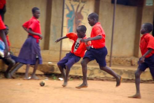 Tratta di baby-calciatori dall'Africa e partite truccate: 4 arresti in Italia