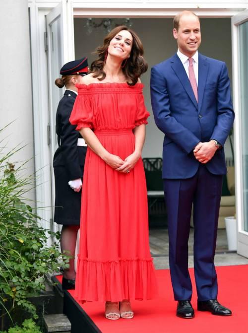 Il viaggio europeo di William e Kate: i look della duchessa 5