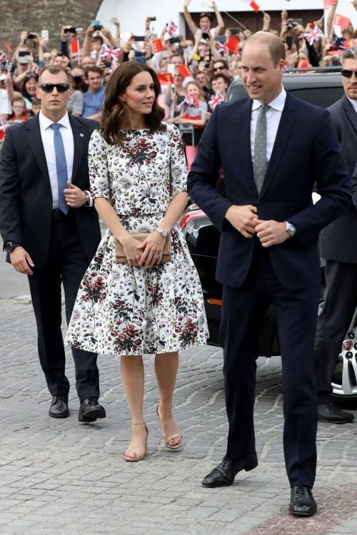 Il viaggio europeo di William e Kate: i look della duchessa 6