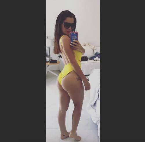 Alessia Magari hot, esplosiva in bikini 4