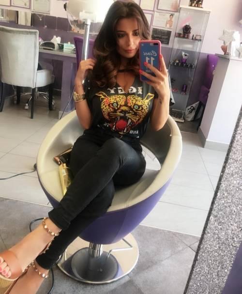 Alessia Magari hot, esplosiva in bikini 15