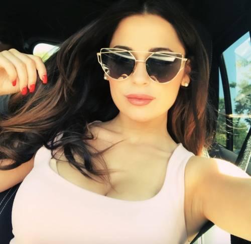 Alessia Magari hot, esplosiva in bikini 24