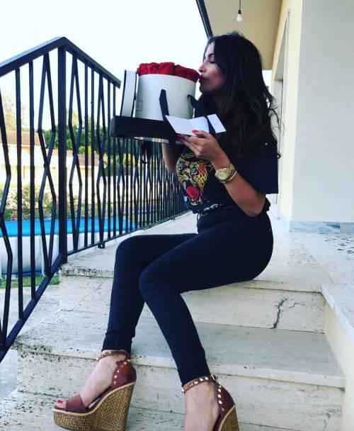 Alessia Magari hot, esplosiva in bikini 25