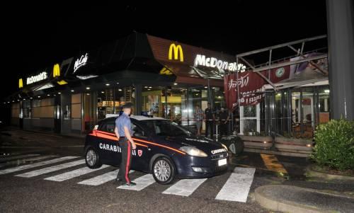 Crolla gazebo di McDonald's: un bimbo ferito 7