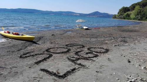 Il lago di Bracciano senza acqua 7