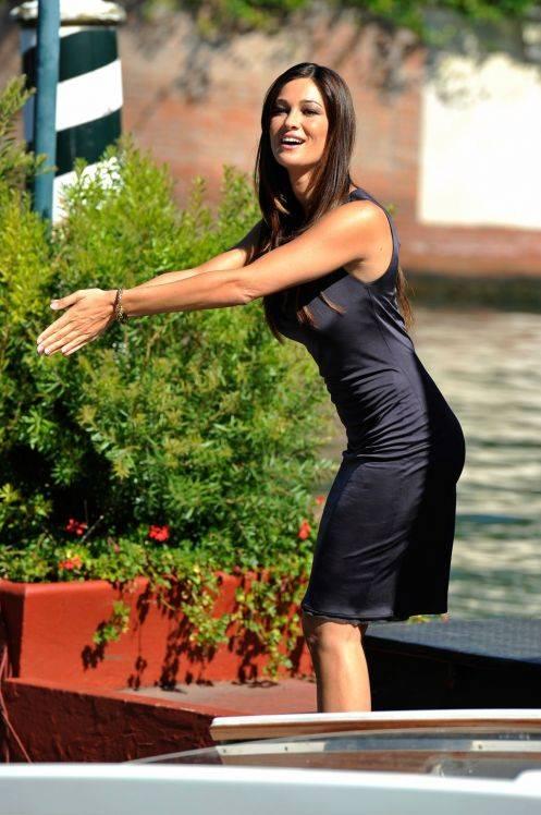 Manuela Arcuri sexy, le foto 6
