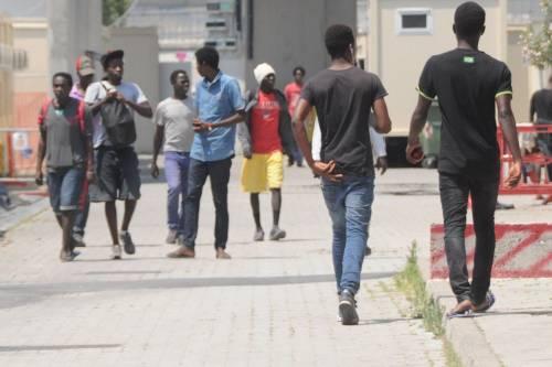 Ventimiglia in mano ai migranti: è caos 4