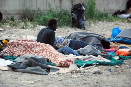 Ventimiglia in mano ai migranti: è caos 1