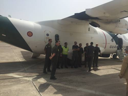 A bordo degli aerei di Frontex, a caccia di trafficanti di uomini 5