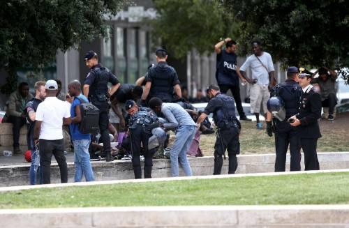Migranti, nuovo blitz della polizia in stazione Centrale 3