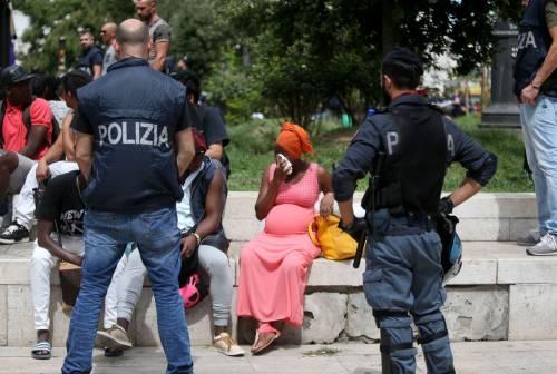Migranti, nuovo blitz della polizia in stazione Centrale 10