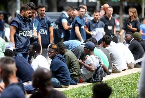 Migranti, nuovo blitz della polizia in stazione Centrale 9