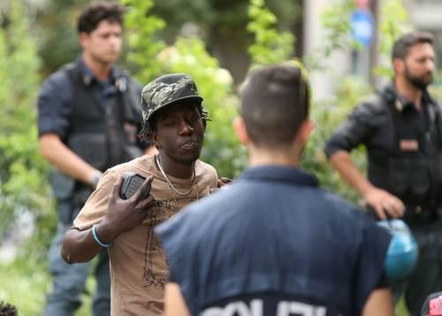 Migranti, nuovo blitz della polizia in stazione Centrale 17