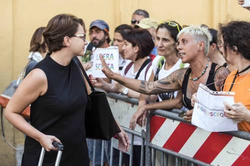 Decreto Vaccini, la protesta dei no-vax davanti a Montecitorio 6